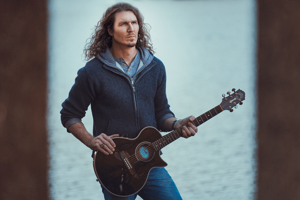 Natural light portrait of sydney musician Linton Jones by Brent Young Photography